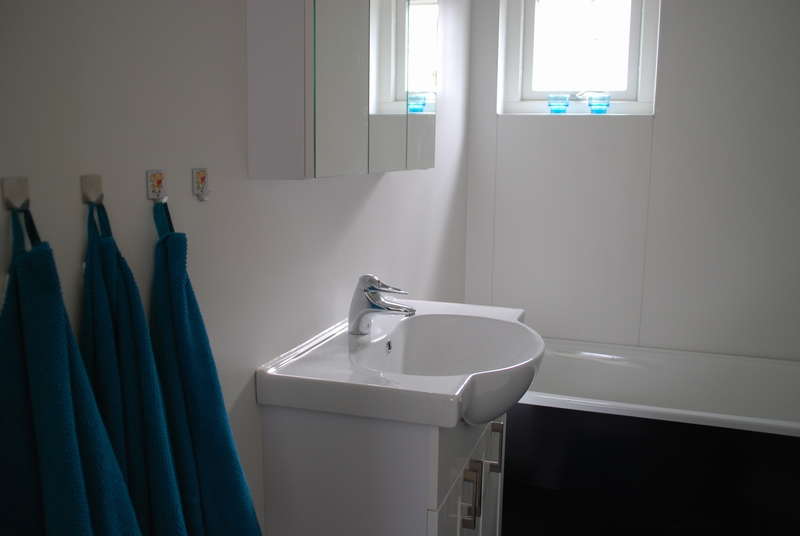 Creativstugan badrum med badkar