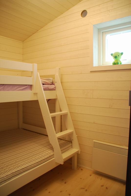 Creativstugan sovrum 2 med loftsäng