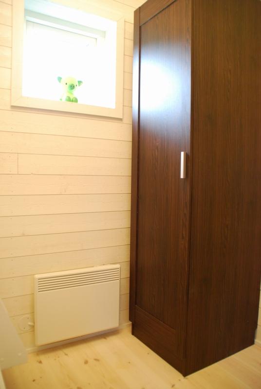 Creativstugan sovrum 2 med garderob