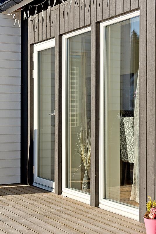 Nyproduktion villa Siriusgatan fönsterparti - Creativ Bygg