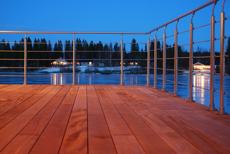 Arkitektritad villa altan - Creativ Bygg